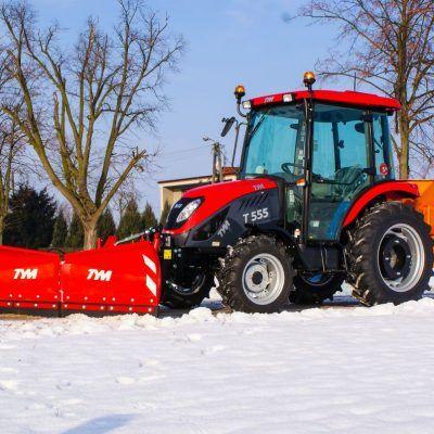 Najlepsze traktory do odśnieżania z pługiem
